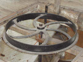 Horizontal pulley of engine-driven stones, Great Mill, Haddenham