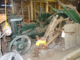 Fordson tractor on display, White Mill, Sandwich