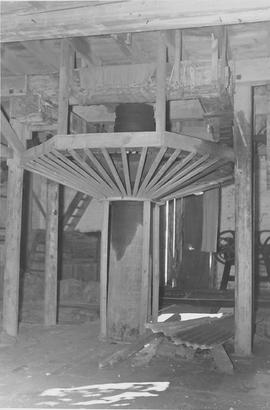 South Newton Mill, South Newton, internal, crown wheel