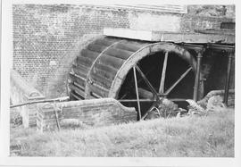 Ifield Mill, Ifield, wheel before restoration