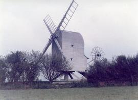 Exterior view, post mill, Great Chishill, Cambridgeshire