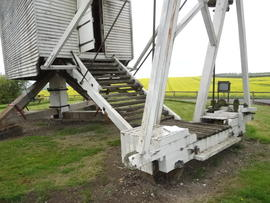 Fantail carriage and gearing, post mill, Great Chishill