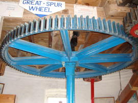 Great spur wheel, tower mill, Waltham