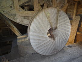 Right-hand head runner stone, New Mill, Cross in Hand
