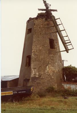 Derelict tower mill, Hart, Cleveland