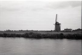"""Small tower mill approx. N. of [Maassluis]"""