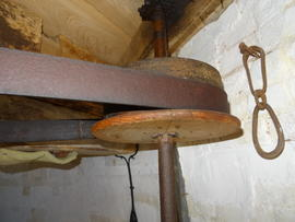 Belt drum on governor spindle, tower mill, Stock