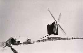Post mill, Rolvenden after a snowfall