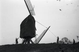 Removing sail from Brill Windmill
