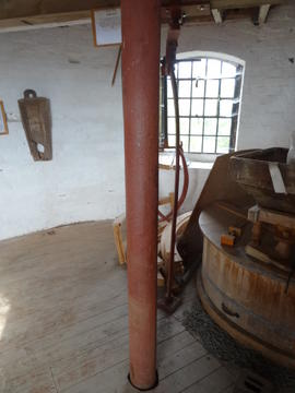 Upright shaft on stone floor, tower mill, Quainton