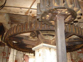 Great spur wheel, stone nut and quant, Old Mill, Keyingham