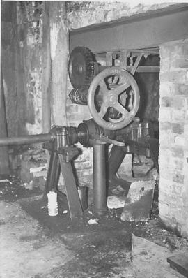 Burton Mill, Burton, turbine controls
