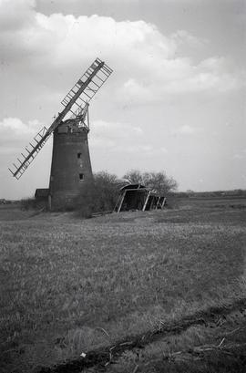 Moore's Mill, Benwick, Little London, March