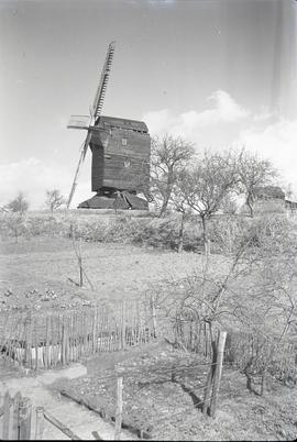 """Ash Post Mill, Kent"""