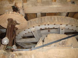 Great spur wheel and governor, Milton Common Mill, Great Haseley