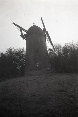 Tower mill, Hellidon