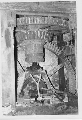 West End Mill, Donhead St Mary, internal, pit wheel, wallower, spur wheel