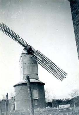 Post mill, Friston, Suffolk