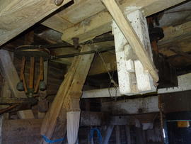 Governor (1), steelyard (with weight) and hanger, New Mill, Cross in Hand