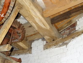 Mounting of spout floor beams, tower mill, Quainton