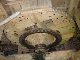 Great spur wheel, tower mill, Norton Lindsey