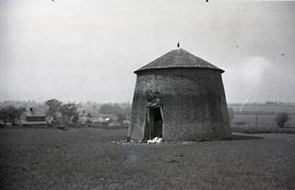 """Remains of windmill at Thornborough, Bucks"""