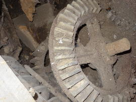 Stone nut and machine drive bevel gear, tower mill, Upper Dean