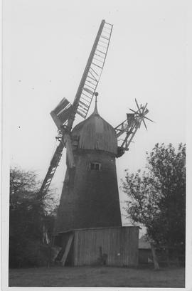 Stickford Tower Mill, Stickford, four sails, gallery, five storeys