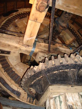 Windshaft, brakewheel and wallower, Stansted Windmill, Stansted Mountfitchet