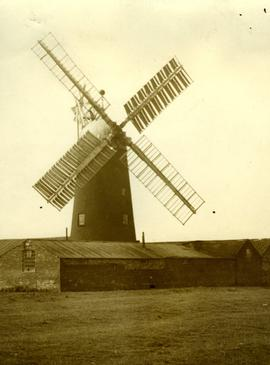 """Heapham Mill, Lincs"""
