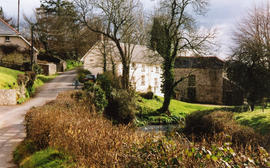 Bondleigh Mill and millhouse, Bondleigh