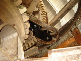 Cap frame, curb and centring wheel, Lower Mill, Woodchurch