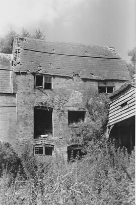 Rowde Mill, Rowde, derelict