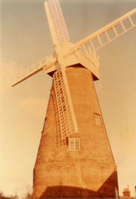 Exterior view, tower mill, Rayleigh, Essex