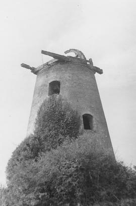 Nyetimber Post Mill, East Wittering, no cap or sails, derelict