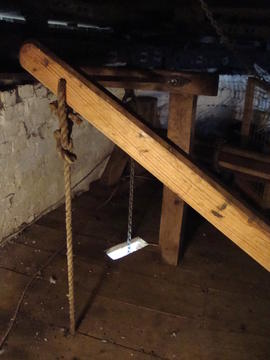 Sack hoist, Great Mill, Haddenham