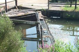 View of the trash rack, Calcot Mill