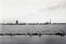 """Paltrok saw mill outside Zaandam to w."""