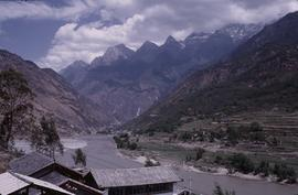 China River, Yangtze before Tiger Leaping Gorge