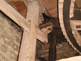 Mechanism for moving quant/stone nut out of gear, Ovenden's Windmill, Polegate