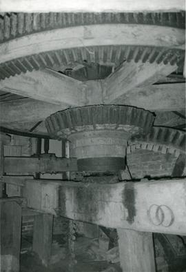 Pit wheel, wallower and spur wheel, watermill, Ixworth