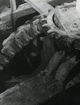 Pit wheel and wallower of an unknown watermill