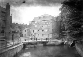 Victoria Mill, Dartford, downstream view with boys on bridge