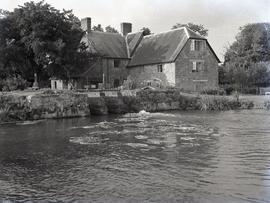 Dinton Wilts.