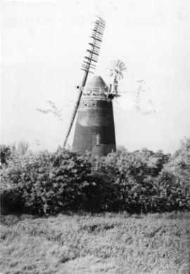 Tower mill, Over, preserved