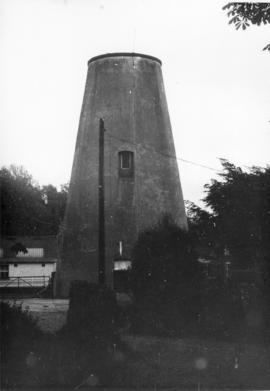 Tower mill, Bidborough, capped with flat roof