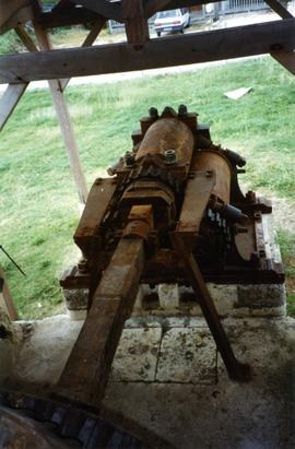 Photograph of the horizontal three-roll crusher, Moulin de Bézard, Marie Galante, Guadeloupe
