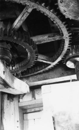 Great spur wheel and gears, Lower Mill, Woodchurch