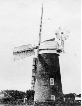 Tower mill, Lound