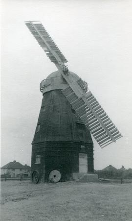 Cattell's Mill, Willingham, with two broken sails